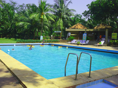 swimming pool at toshali sands puri