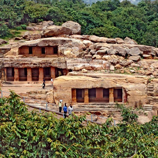 udyagiri-khandagiri-caves